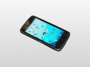 [Смартфон Acer Liquid C1] с начинкой из Intel Lexington по приемлемой цене