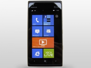 [Обзор Nokia Lumia 900]